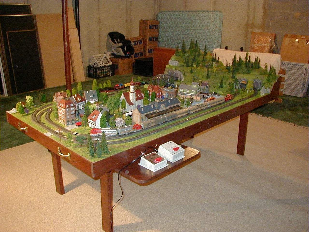 4X8 Marklin HO Scale Layout Model Train Image 1 | Trains