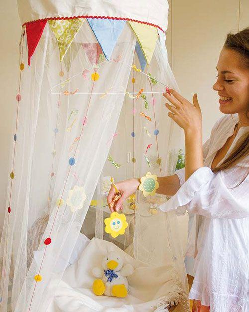 Movil cuna decoraci n bebe pinterest cuartos de - Como hacer un pabellon para cama ...