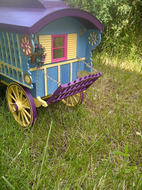 Miniature Gypsy Caravan: An Update And A Tutorial