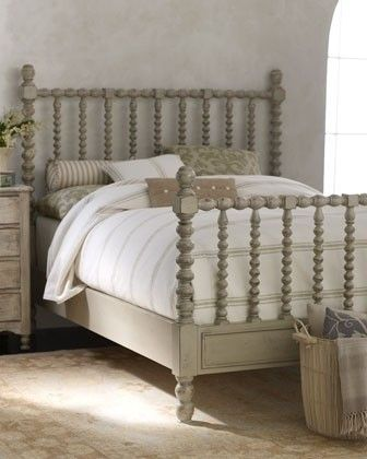 Classic Country Spindle Bed Bed Furniture Classic Bedroom Vintage Bed Frame