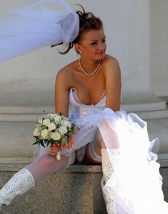 Sorry, Bride and bridesmaid flashing