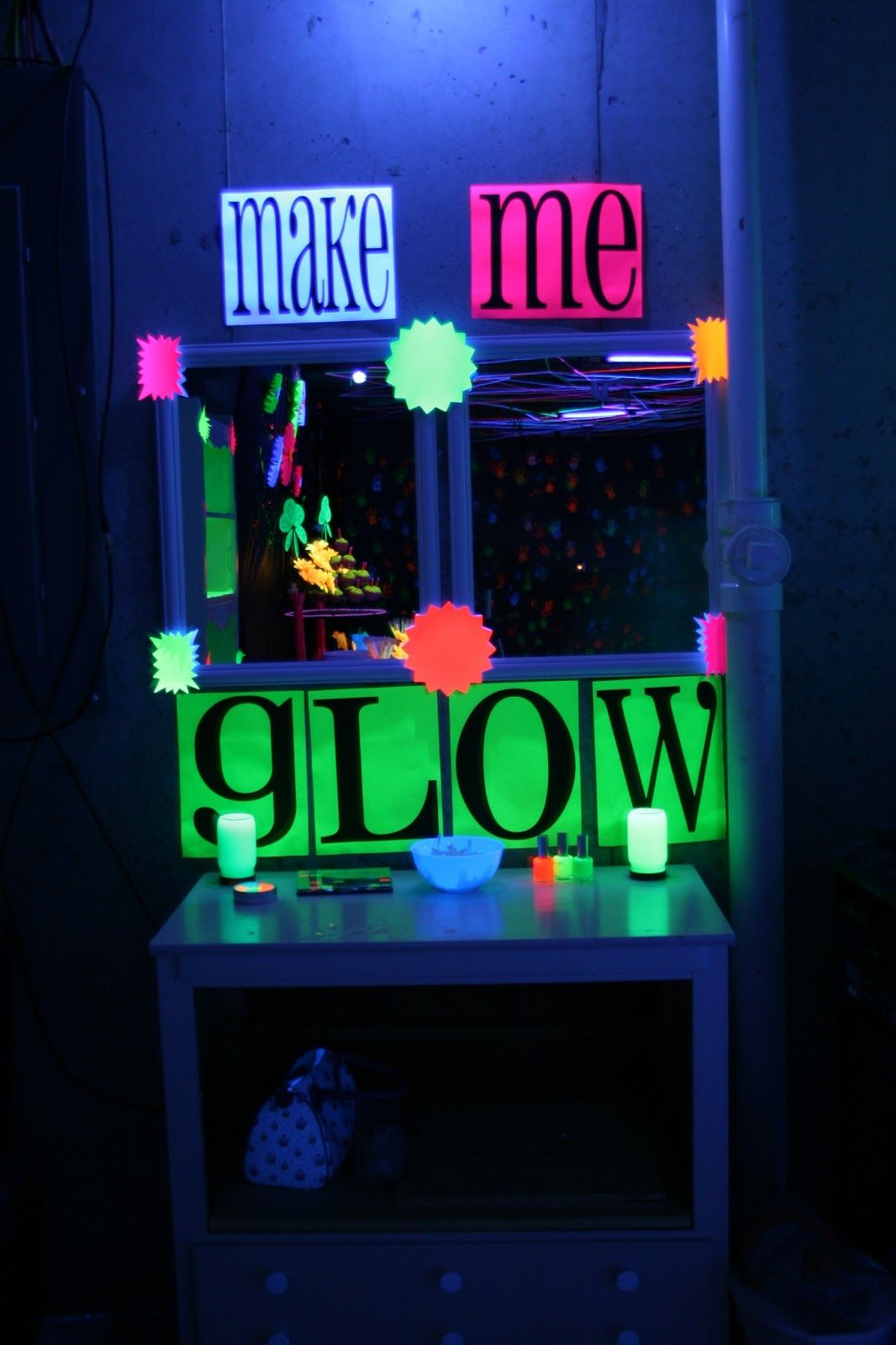 Black Light Makeup Table Glow Party Blacklight Party