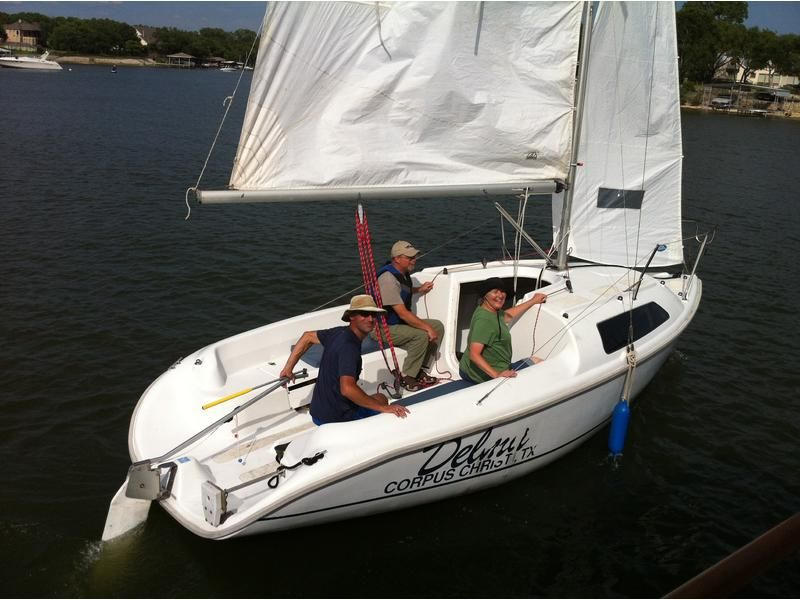 2000 Hunter 212 Located In Texas For Sale Small Sailboats Sunfish