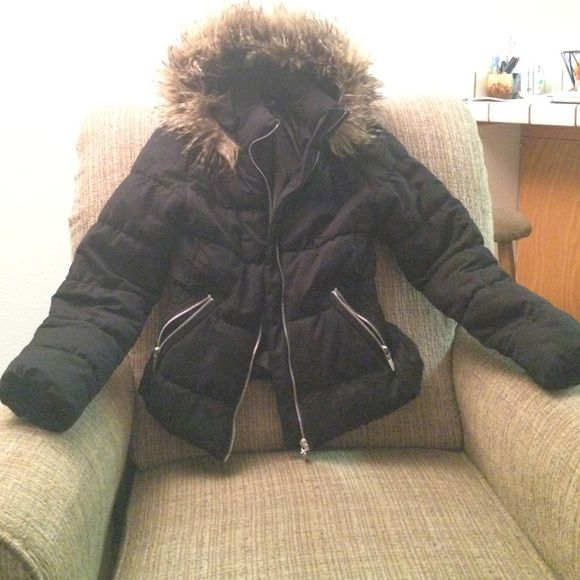 H&M jacket! Size 2 Warm H&M jacket worn one time! H&M Jackets & Coats Puffers