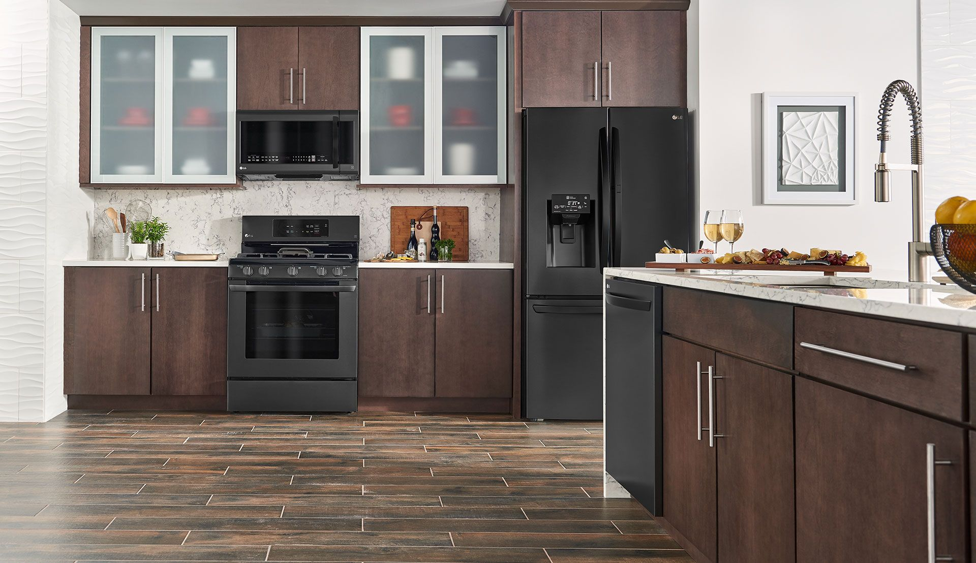 Brown Kitchen Black Appliances Kitchen Black Stainless Steel Kitchen Stainless Steel Kitchen Appliances