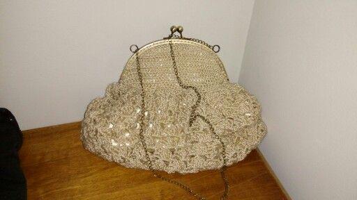 Bolso de crochet, precio forrado con tela de raso, con una gran capacidad