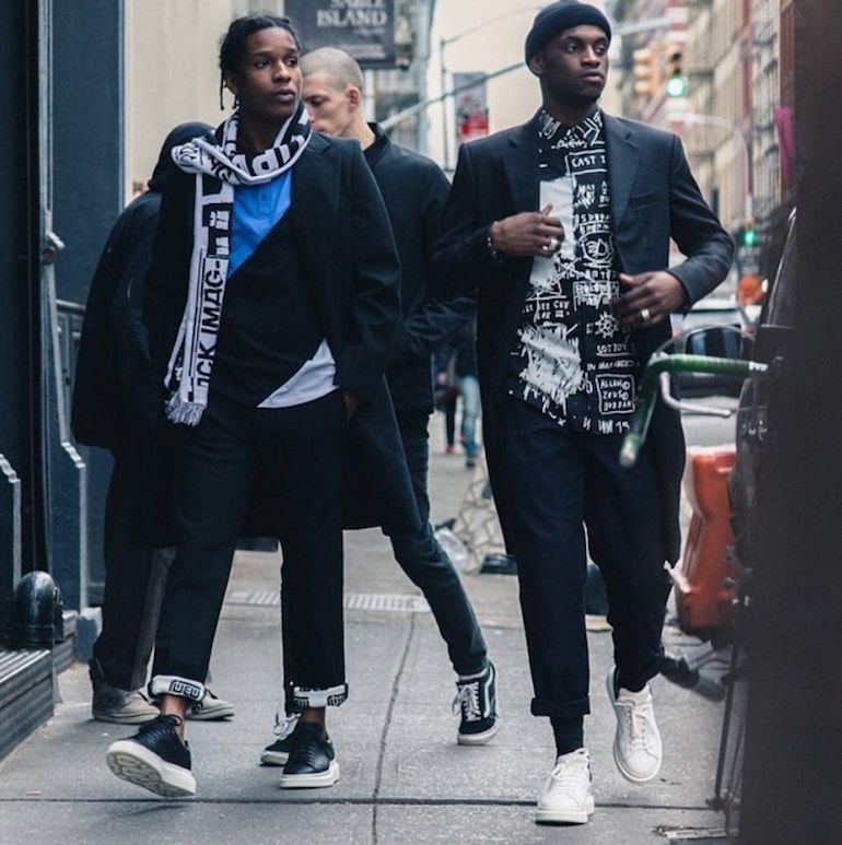 7 Ways to Wear Trainers With a Suit