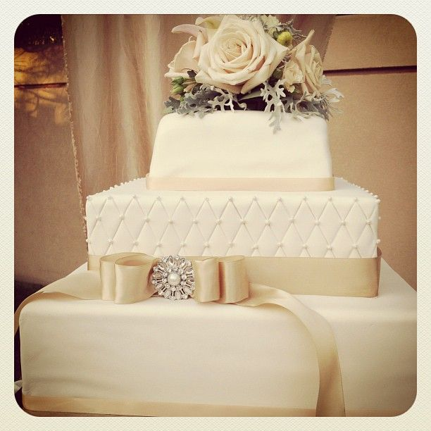 Ivory Weddings Beautiful Cake: Beautiful Wedding Cake, Done In Ivory And Champagne