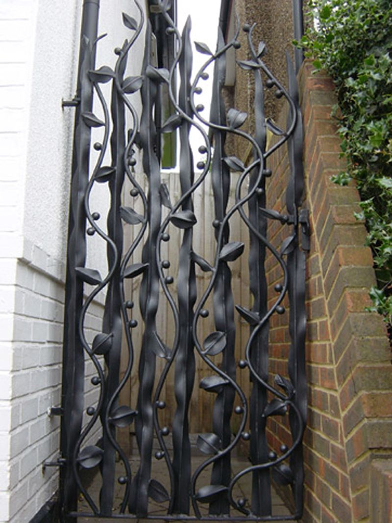 Handmade Gates   Ornamental Gates   Artistic Gate Over The Years Bex Has  Createdu2026