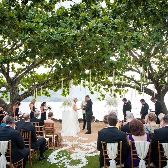 Outdoor Wedding Ceremony Whitby: Stunning Romantic Outdoor Ceremony