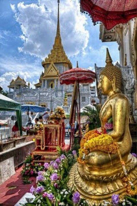 My must visit place: Buddhist temple, Bangkok Thailand