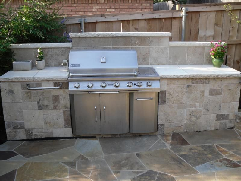 Outdoor living solutions outdoor kitchens and grills for Simple outdoor kitchen plans