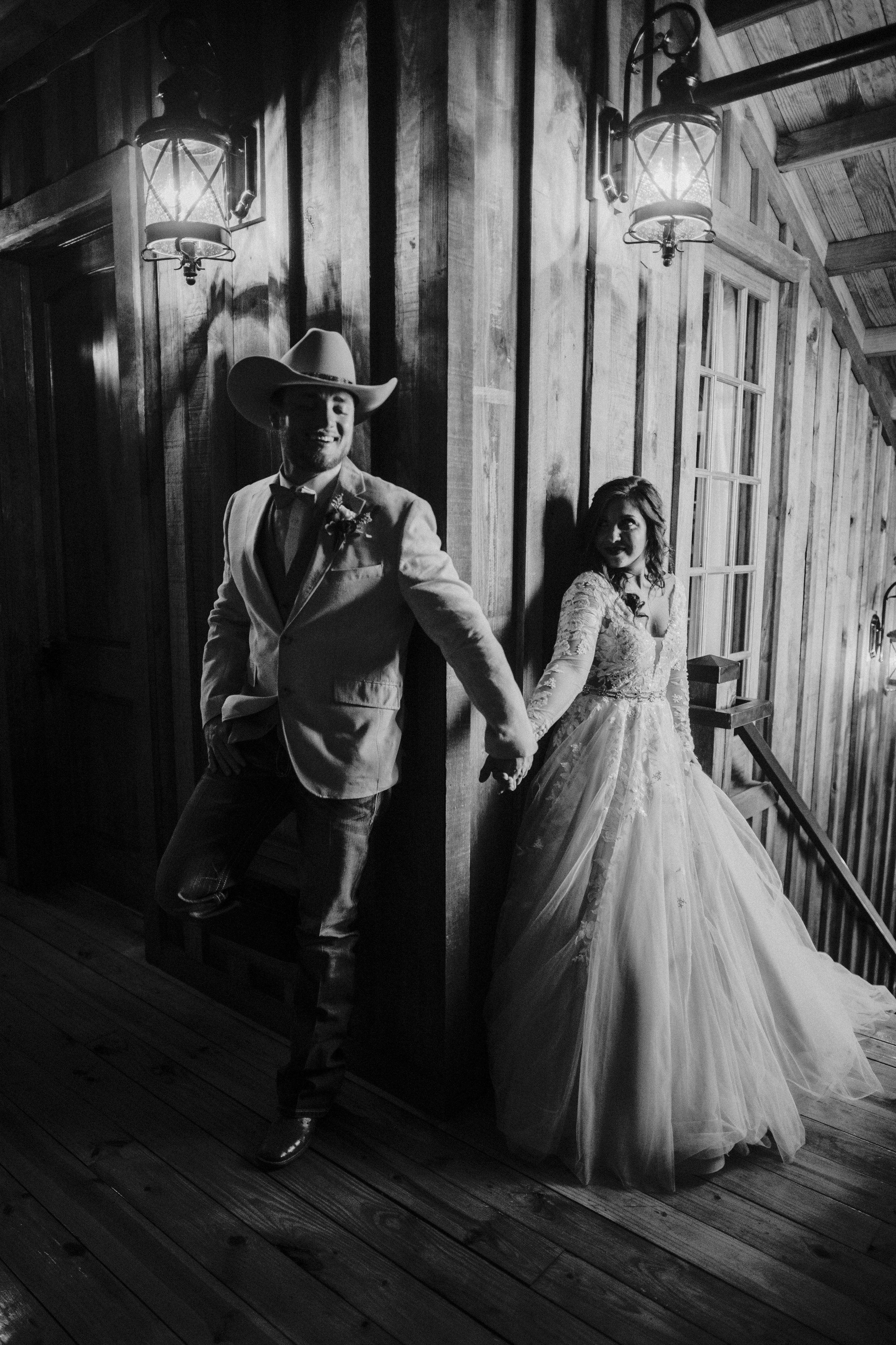 Norman Wedding Venue Springs Venue Outdoor Wedding Photos Wedding Photos Country Wedding Photos