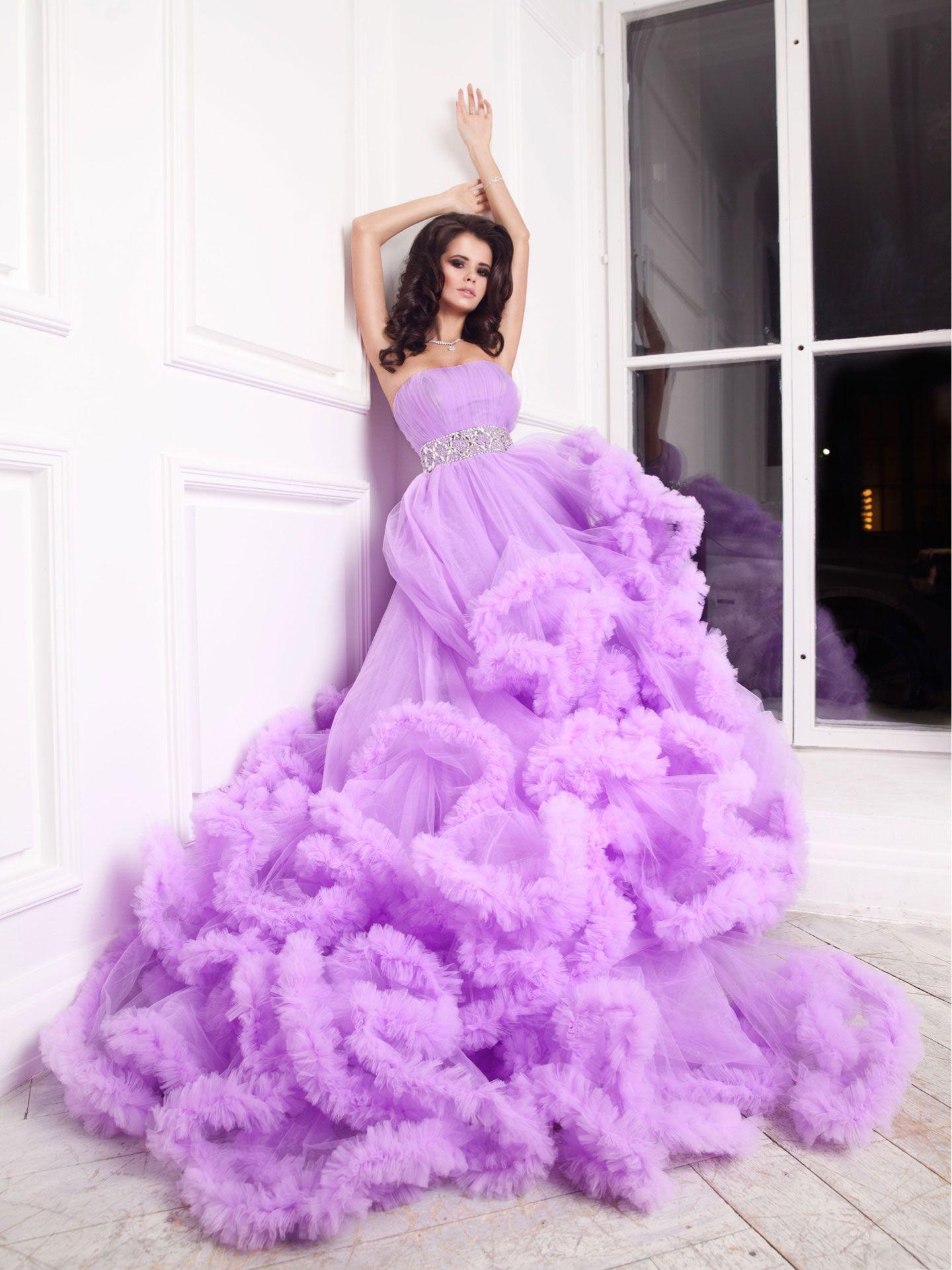 очень красивые платья напрокат для фотосессии снимал портреты, виды