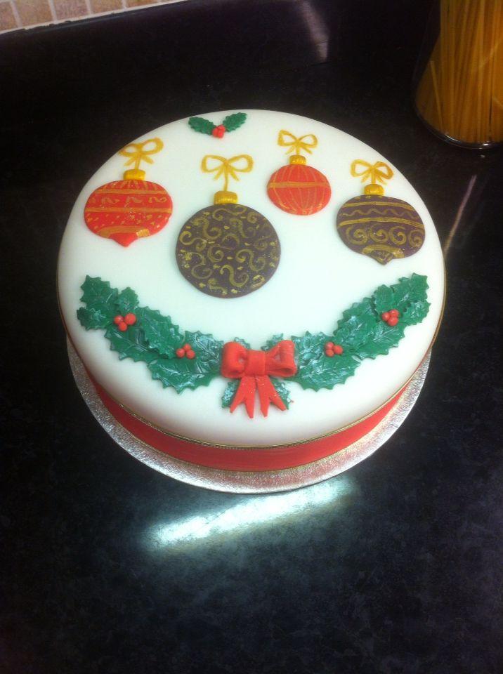 Simple design Xmas cake. By Cakes of Joy