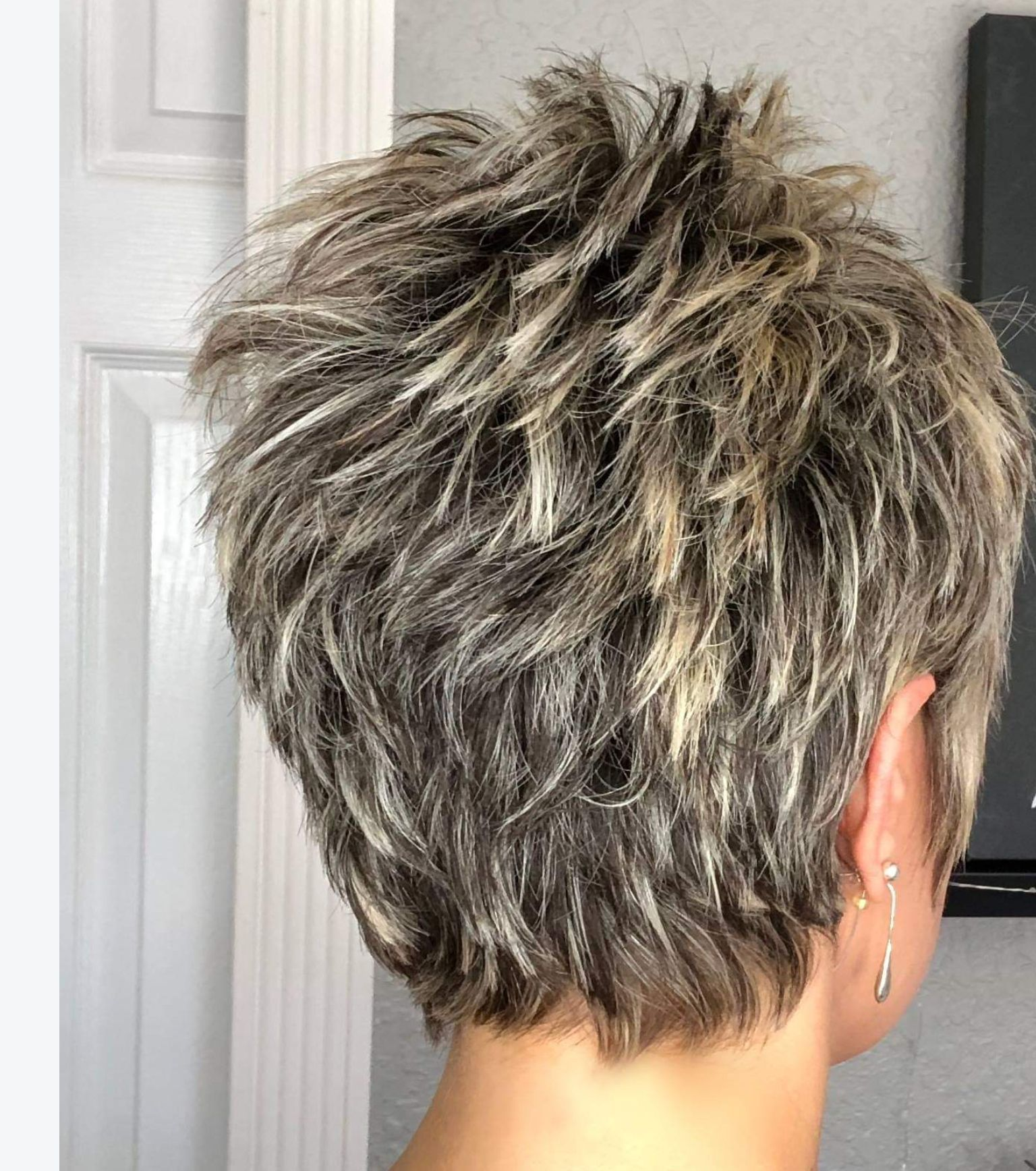 short haircuts for women over 50 back view  craftidea ...