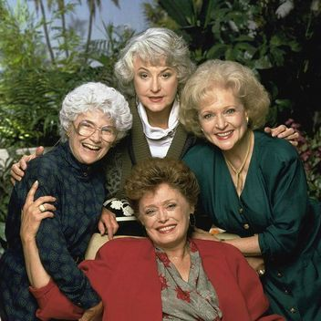Photo of 13 celebrities you will never believe are guests with the Golden Girls