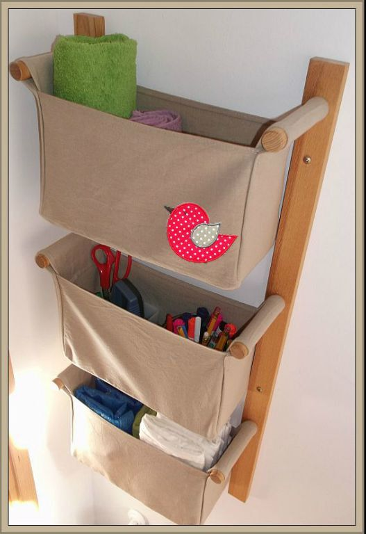 wall organizer with 3 pockets beige colour linen cotton and cute red bird application sewed. Black Bedroom Furniture Sets. Home Design Ideas