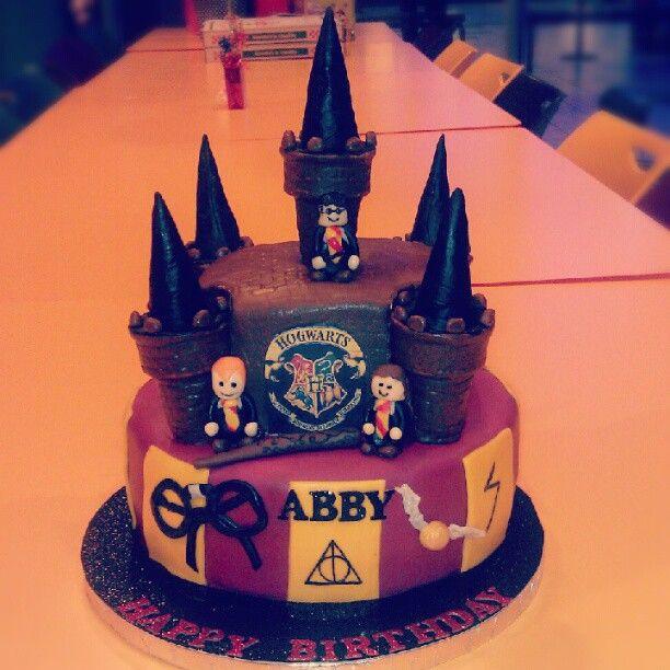 Harry Potter cake made by Kaylas Cakes!
