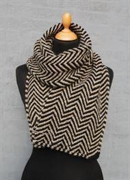 Sjaler og tørklæder #strikkedesjaler