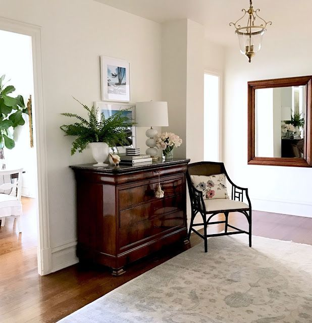 """Casual Home Decor classic foyer entry hall 