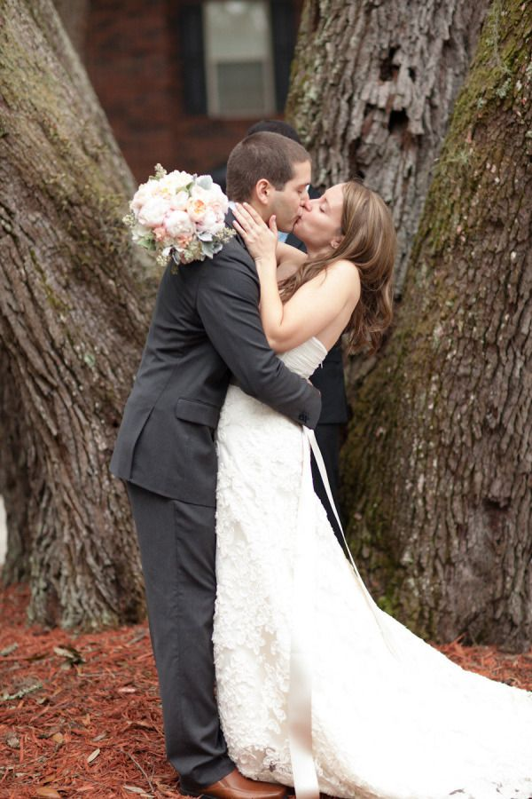 Inspired By Mila Kunis Ashton Kutcher S Surprise Wedding Fairy Tale Wedding Dress Surprise Wedding Wedding