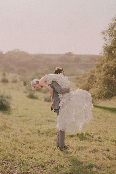 50 Wedding Photos That'll Make You Laugh