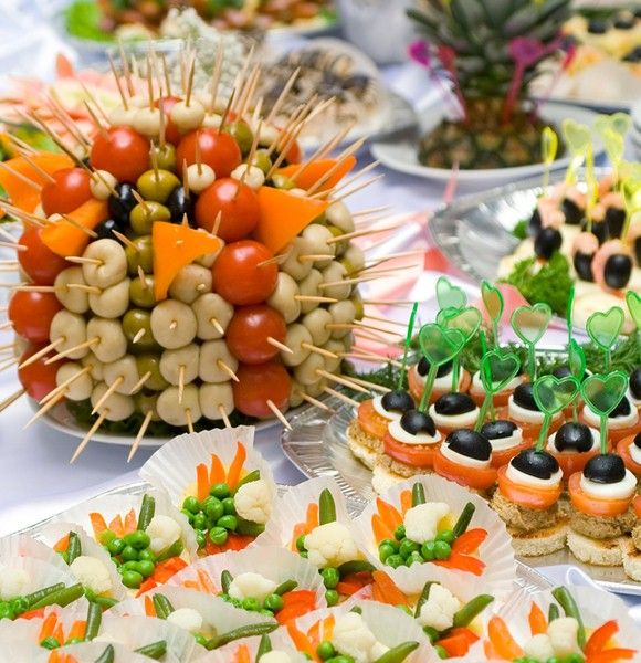 Finger Food Wedding: How To Arrange An Appetizer Table