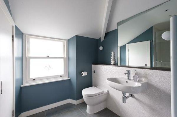 Ideen Badezimmer Mit Dachschräge Hellblauer Umriss