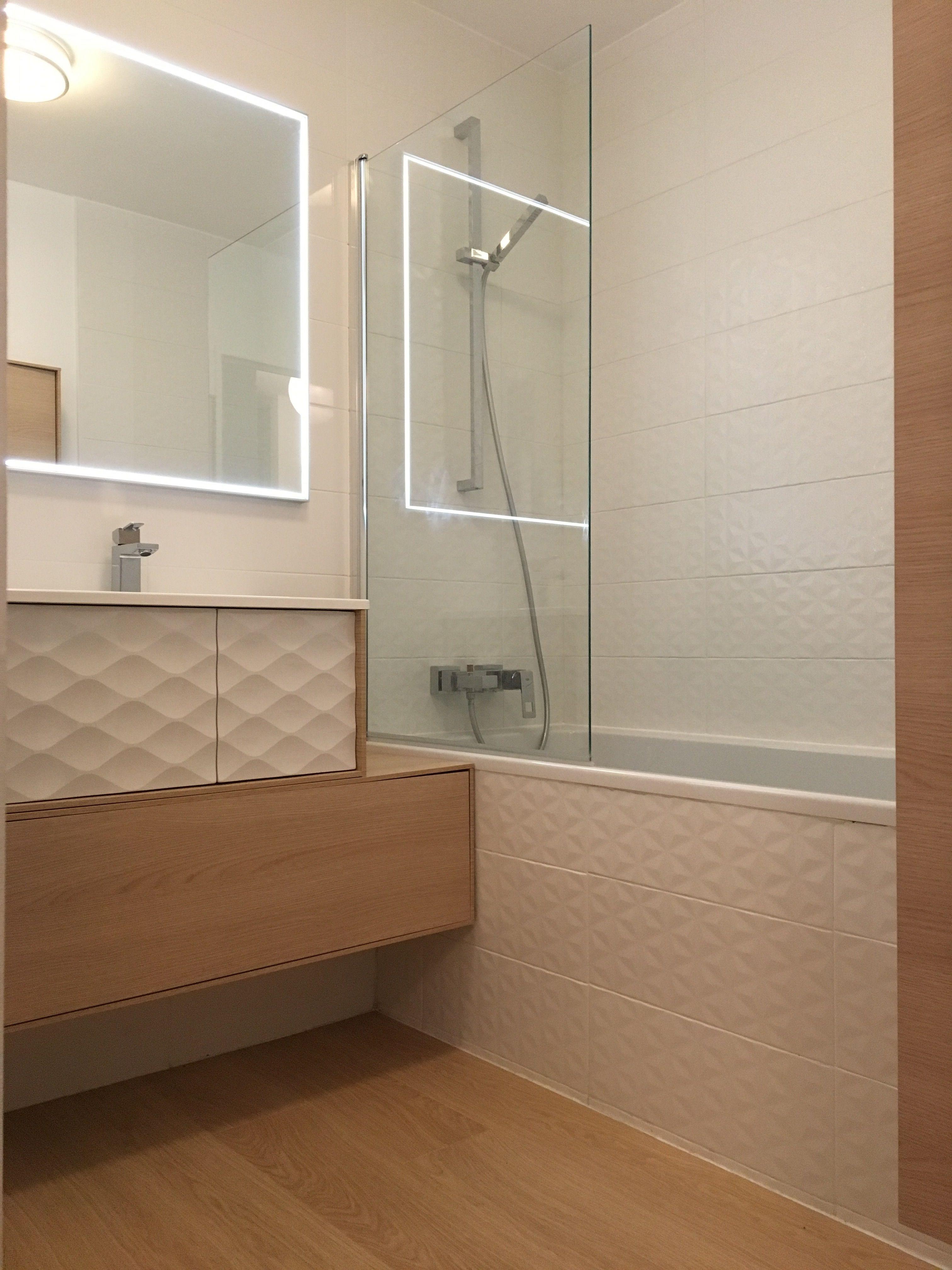Salle de bain dessinée par Nuance d Intérieur – Mobilier fa¯ence