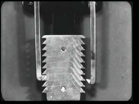 1930s short film for flimmaker Ralph Steiner that shows dozens of gears and other machinery at work.