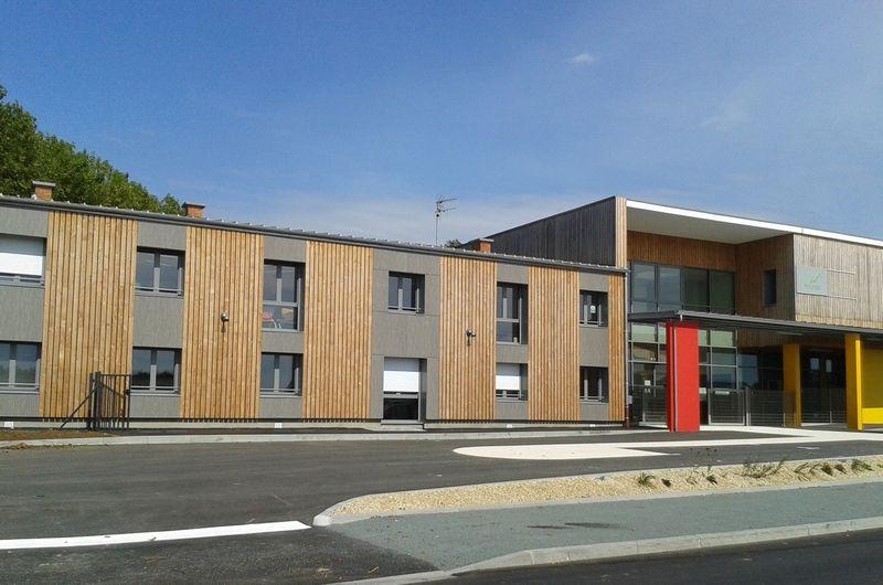 Collège de Coulonges sur l'Autize (79)  Architecte : Architectes Associés