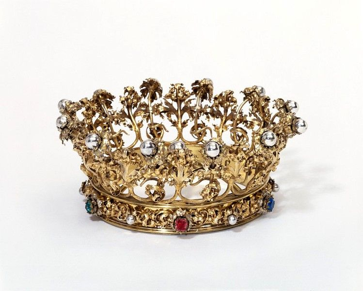 Crown | Virgin mary, Crown and Symbols
