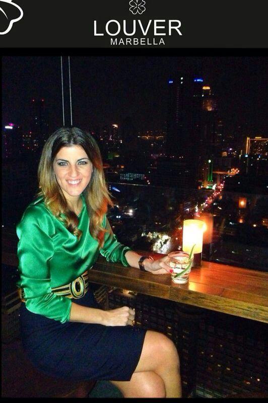 #moda#fashion#louver#marbella#blusa#verde#faldalapiz#negro#cinturon#cordon#pasamaneria#dorado