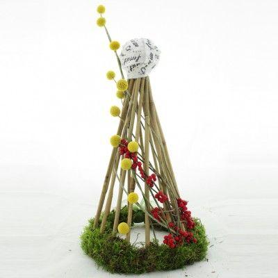 YaU Concept _ YaU flowers_catalog yau craciun 2011 _ Christamas tree #christmas #christmasdecor #holiday #christmasdecorations #yauconcept #yau #christmastree #tree #modernchristmas