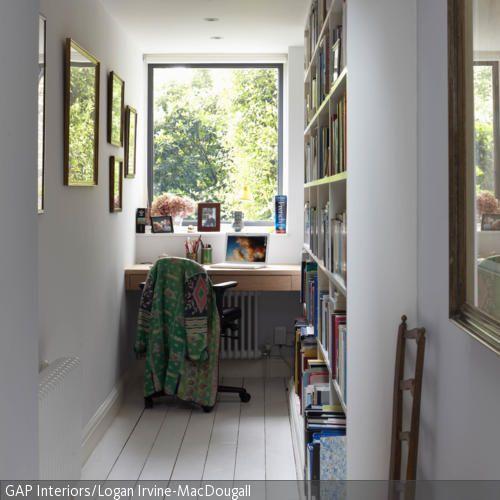 Schmales arbeitszimmer einrichten  Schmales Arbeitszimmer | Arbeitsecke, Arbeitszimmer und Wandregal