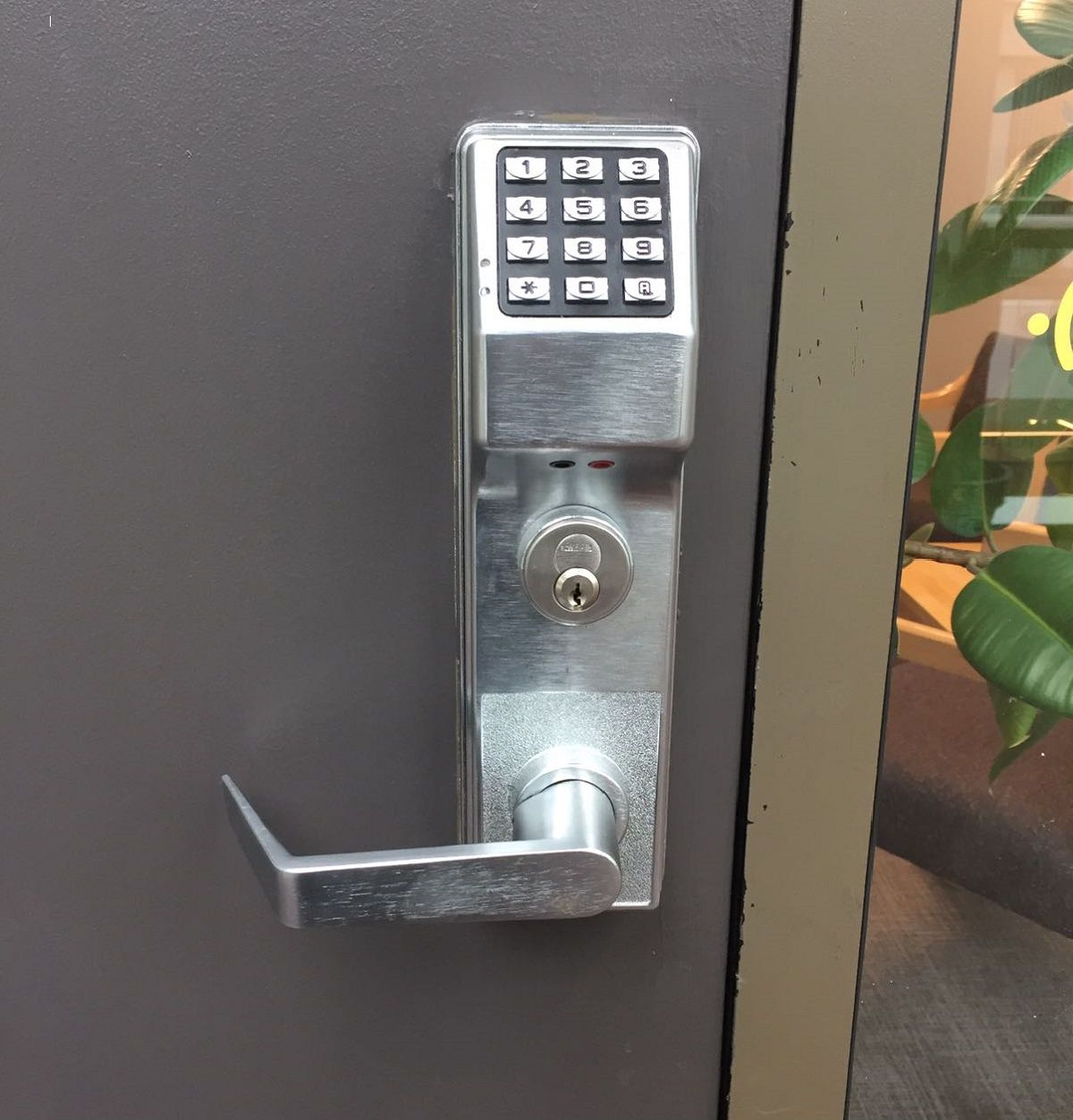 Access Control Keyless Entry For Commercial Properties Access Control Commercial Property Keyless