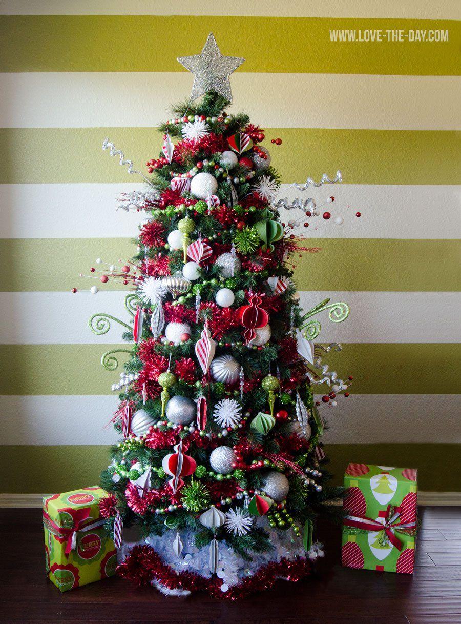 Christmas Tree Decorating Ideas 20 Gorgeous Diy Ideas Whimsical Christmas Trees Whimsical Christmas Boho Christmas Tree