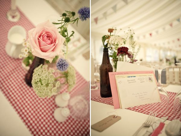 Red Gingham Table Runner  I Love This Look Except For It Being Red Gingham,  Another Colour And Pattern Would Be Perfect.