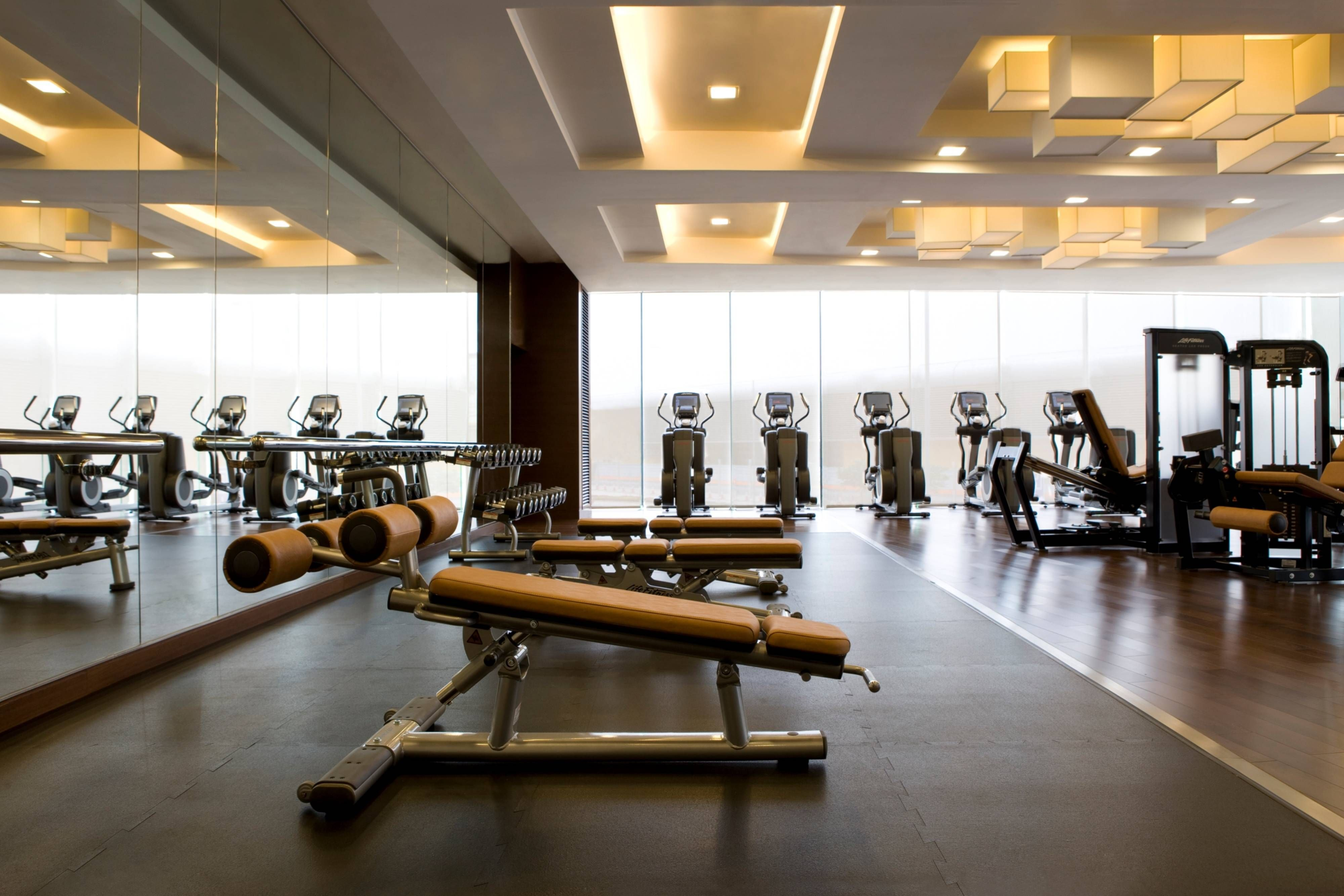 Hong Kong Skycity Marriott Hotel Fitness Center Suite Enjoying Visiting Gym Interior Fitness Center Design Luxury Gym