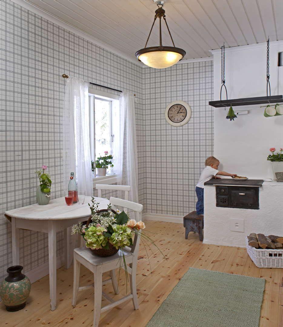 Sisustus - keittiö - Sandudd - Maalaisromanttinen - Perinteinen - 539956ed498ed625687ef80b - sisustus.etuovi.com