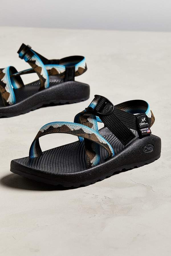 4d1358bb4eb2 Chaco Z 1 National Parks Foundation Yosemite Sandal in 2018