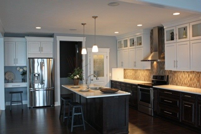 Black lower and white upper kitchen cabinets remodeling for Upper kitchen cupboards
