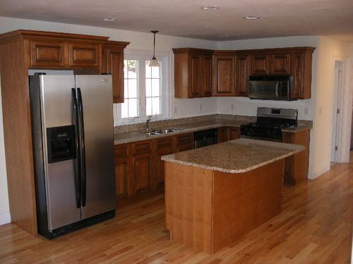 Kitchen with Maple Cabinets & Granite Countertops | Maple ... on Granite Countertops With Maple Cabinets  id=91910
