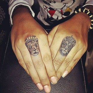 Regranned from @smokin_guns_studios - #liontattoo #kingtattoo #queentattoo #fingertattoo #tattoo #tattoos #tattooartist #tattooshop #tats #tattoolove #tattooed #tattoist #tattooart #tattooink #tattoomagazine #tattoostyle #tattoogallery #inked #ink #inkedu