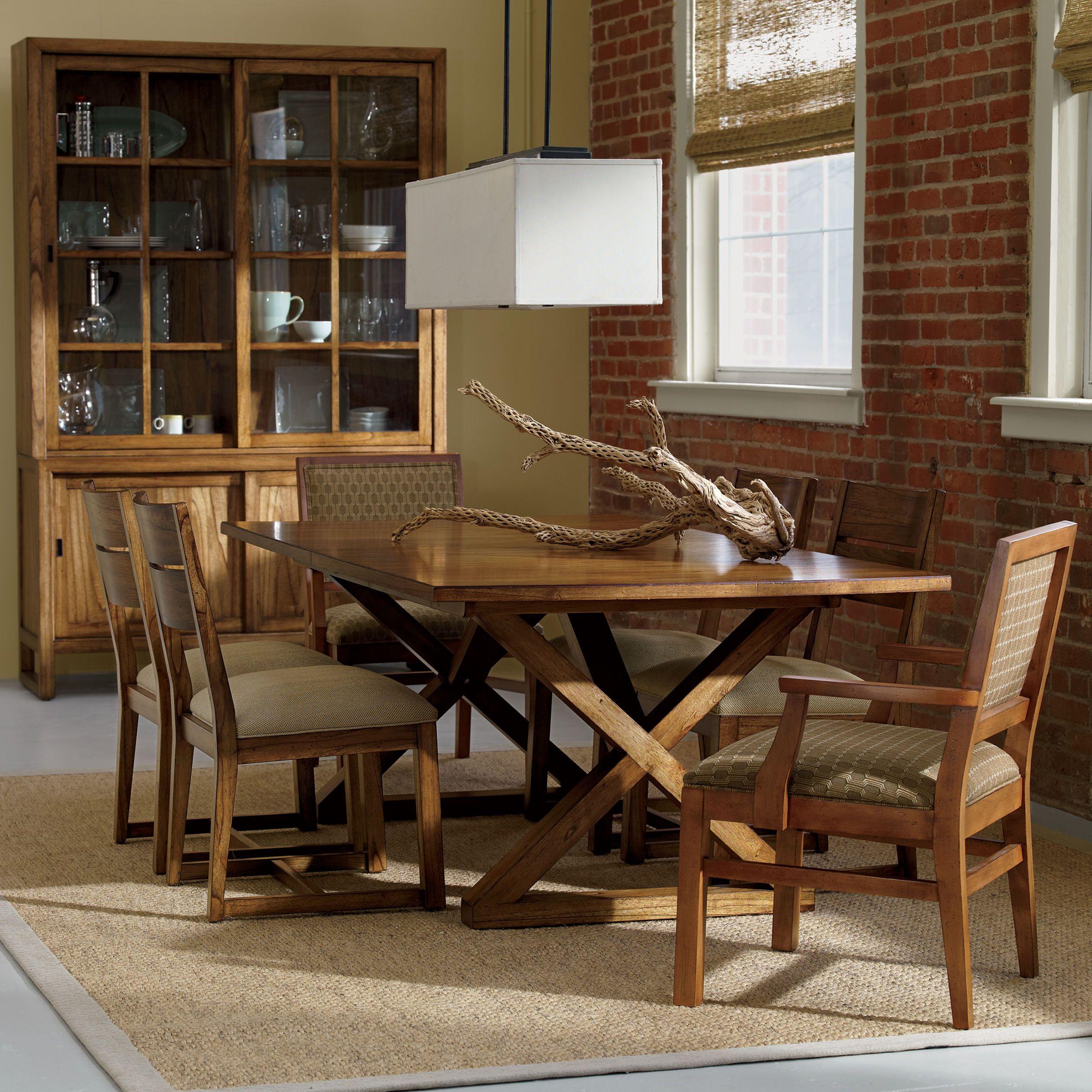 Attirant Rectangular Gilcrest Dining Table   Ethan Allen US