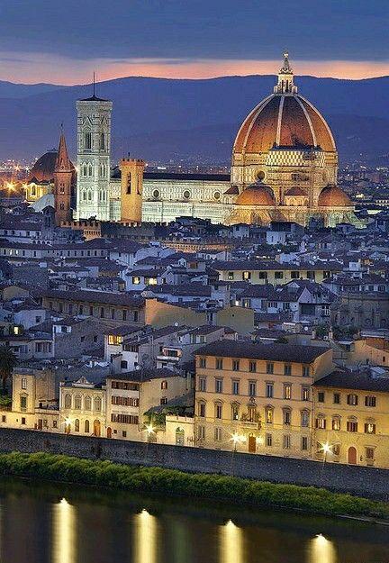 Vistas de Florencia nocturna Florencia Italia
