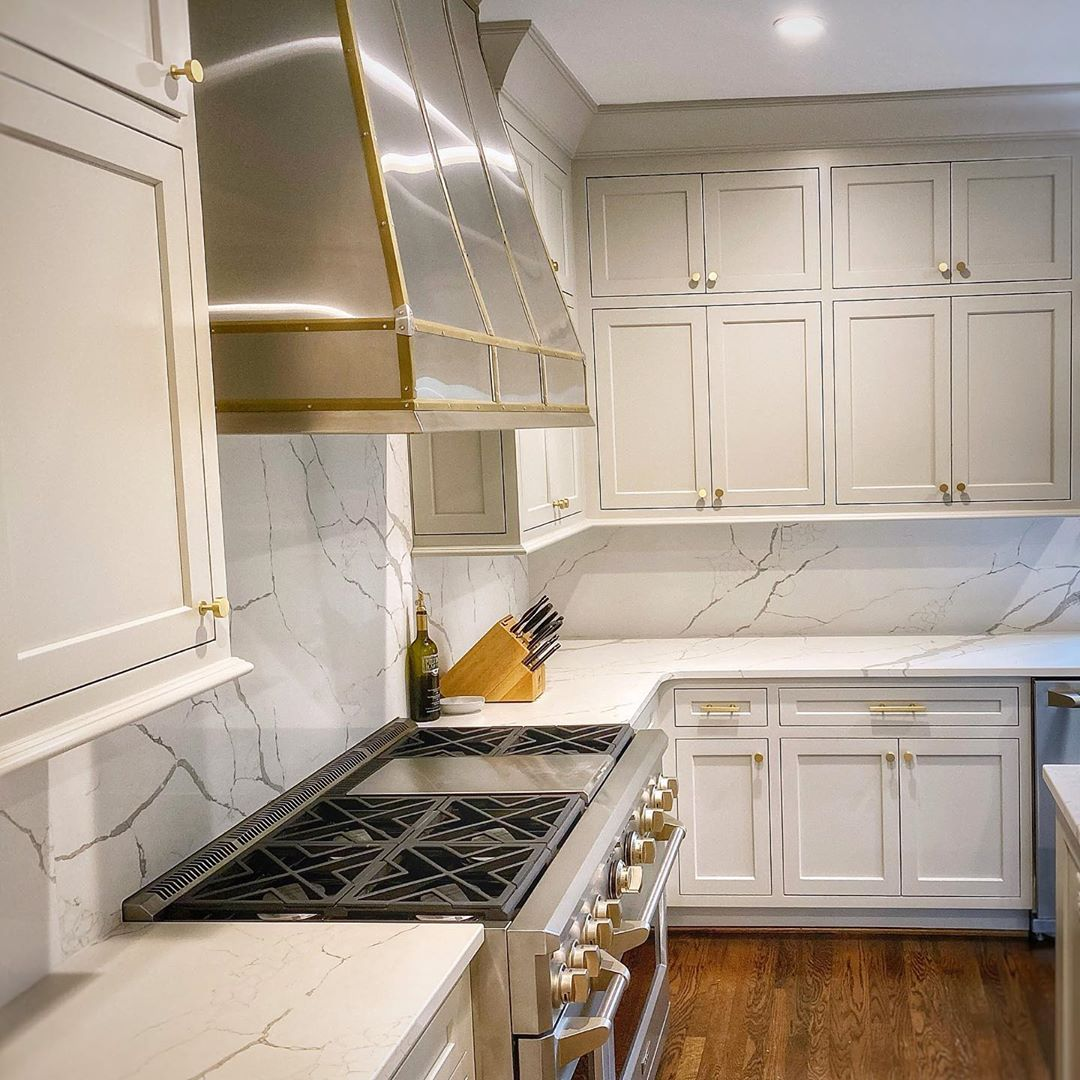 Repose Gray Kitchen Cabinets In 2020 Agreeable Gray Sherwin Williams Kitchen Grey Kitchen Cabinets Agreeable Gray Sherwin Williams