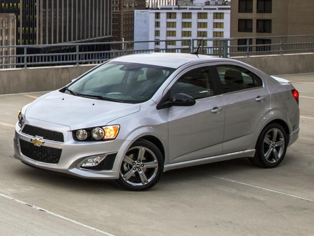 2015 Chevrolet Sonic Sedan Rs Silver Ice Metallic Front Quarter