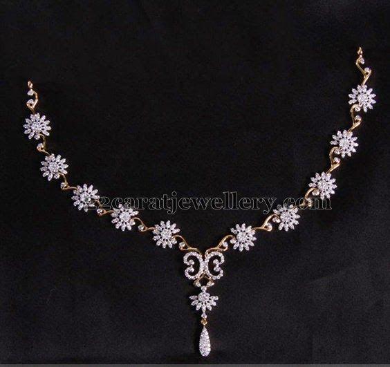 Flowered Diamond Necklace Set
